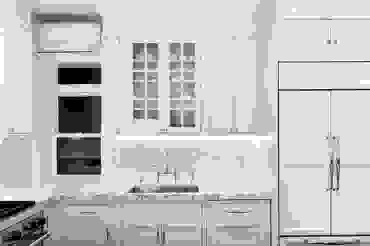 KBR Design and Build Modern style kitchen