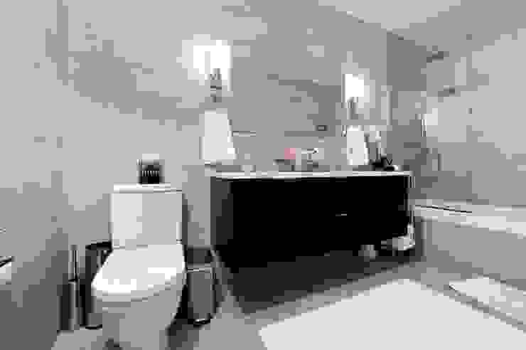 Baños de estilo  por KBR Design and Build, Minimalista