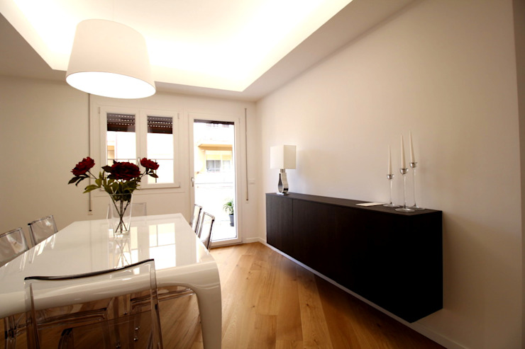 Giuseppe Rappa & Angelo M. Castiglione Minimalist dining room White