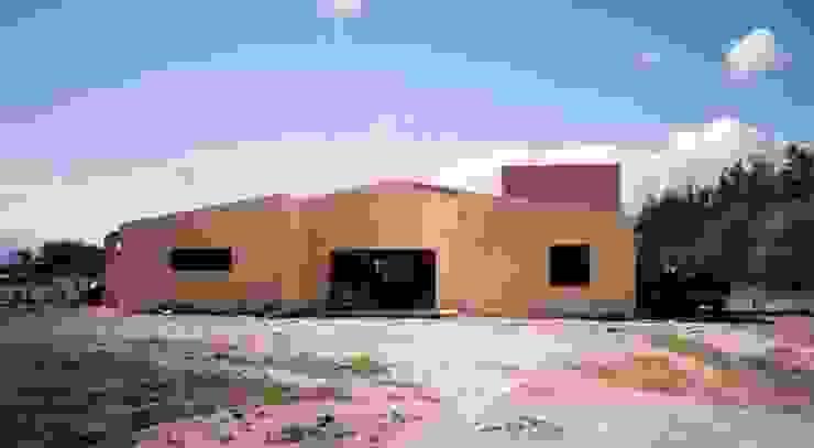 Tambo vacuno Centros de exposiciones de estilo industrial de Valy Industrial Ladrillos