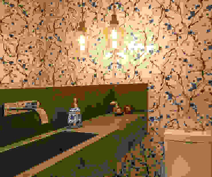 Lavabo Banheiros modernos por Quadrilha Design Arquitetura Moderno