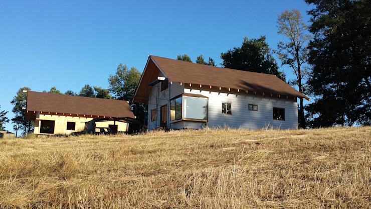 Cabaña Ñancul Casas de estilo rústico de Arquitectura y Construcción Chinquel Rústico Madera Acabado en madera