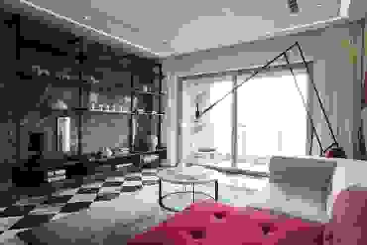 Sergio Mannino Studio Soggiorno moderno Granito