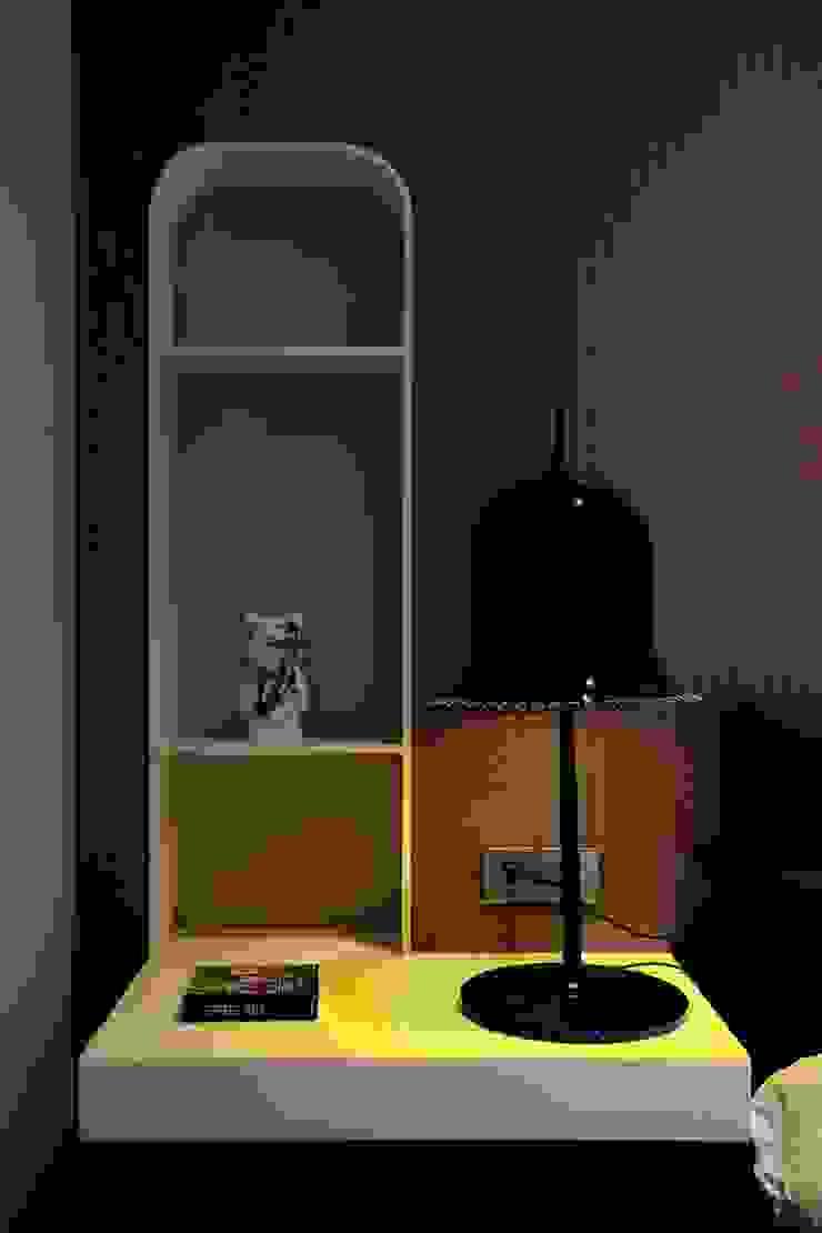 Sergio Mannino Studio Camera da letto moderna Plastica Viola/Ciclamino
