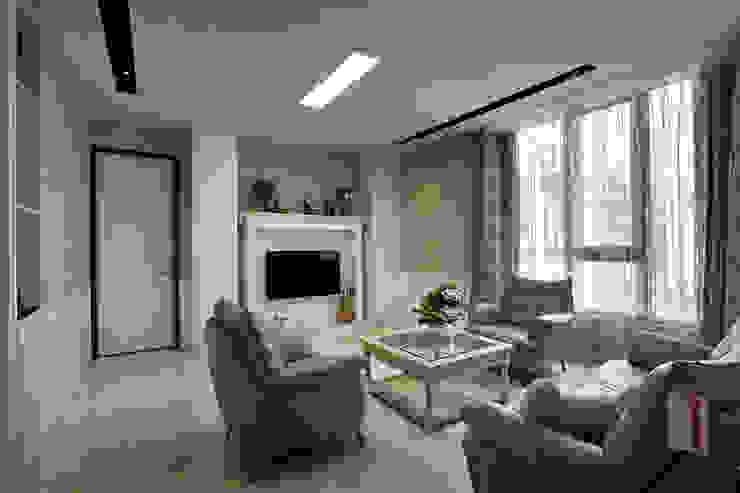信美室內裝修 Living room Brown