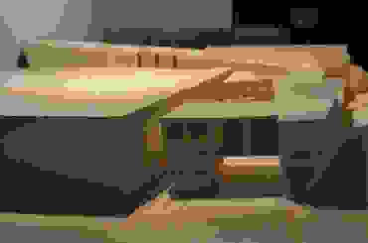 Galería de Arte en Temuco Oficinas y bibliotecas de estilo moderno de Studio Himmer Moderno