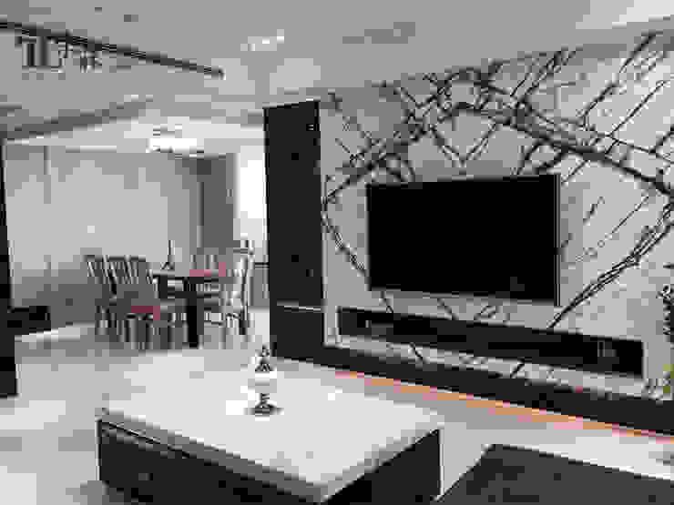 客廳電視牆 现代客厅設計點子、靈感 & 圖片 根據 宗霖建築設計工程 現代風