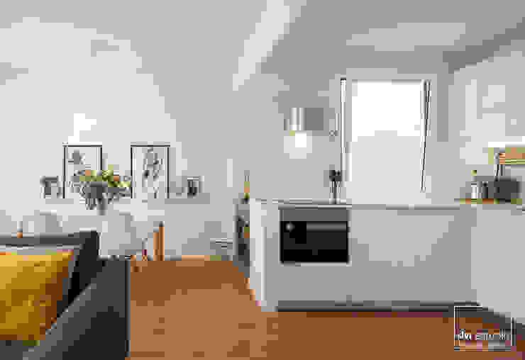 cocina comedor slvr estudio Cocinas de estilo escandinavo Blanco
