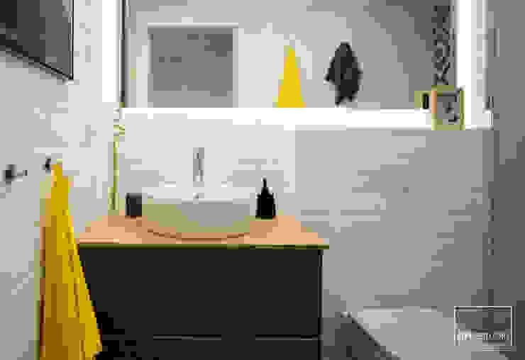 Baño slvr estudio Baños de estilo mediterráneo