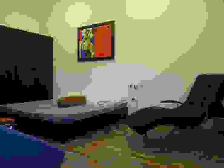 Bedroom Core Design Classic style bedroom