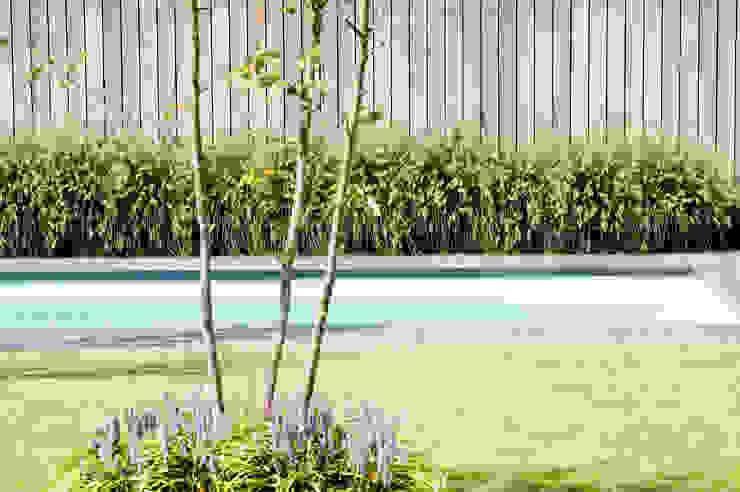 Warme ambiance. Moderne tuinen van Heart for Gardens. Modern