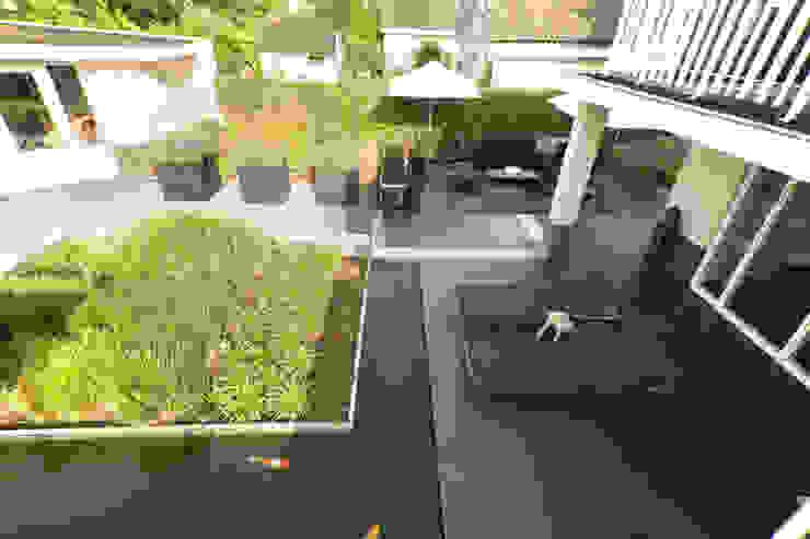 Modern style gardens by Heart for Gardens. Modern