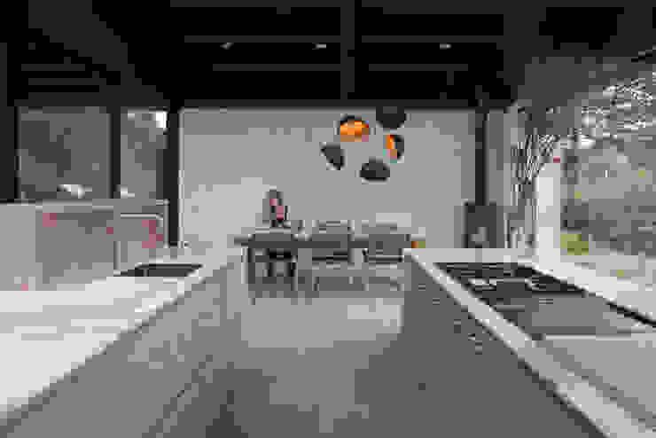 Villa Schoorl Minimalistische keukens van Architectenbureau Paul de Ruiter Minimalistisch