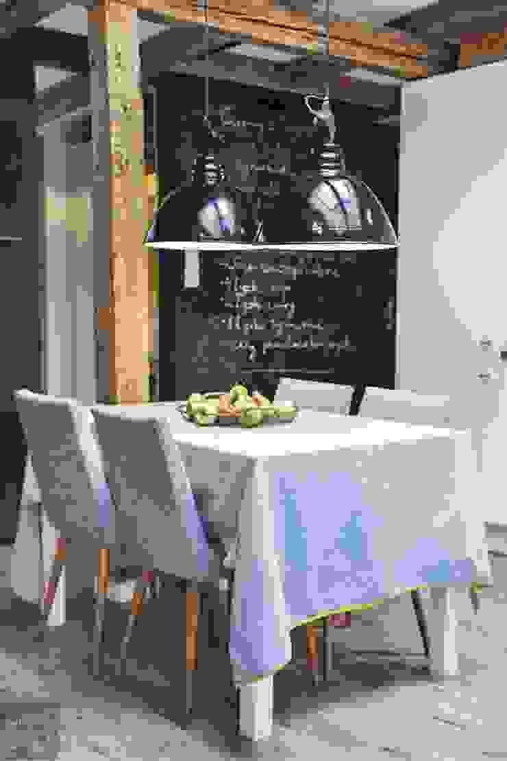 Comedores de estilo escandinavo de Limonki Studio Wojciech Siudowski Escandinavo Madera Acabado en madera