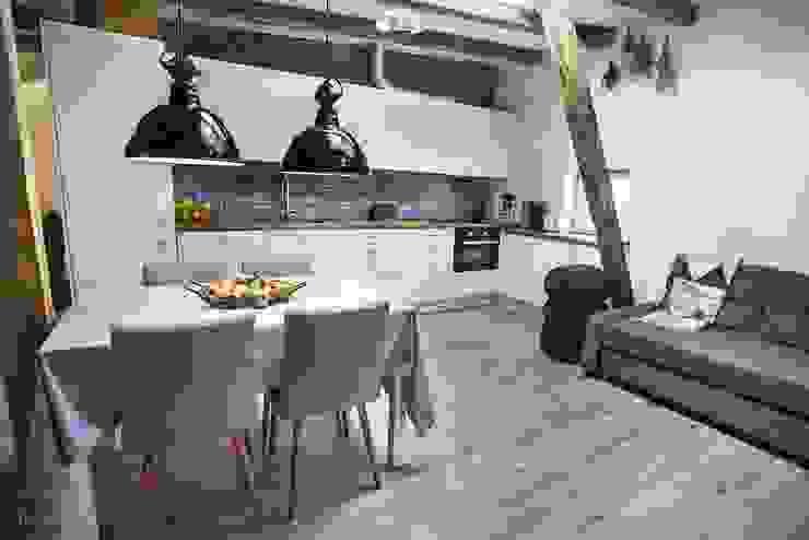 Cocinas de estilo  por Limonki Studio Wojciech Siudowski,