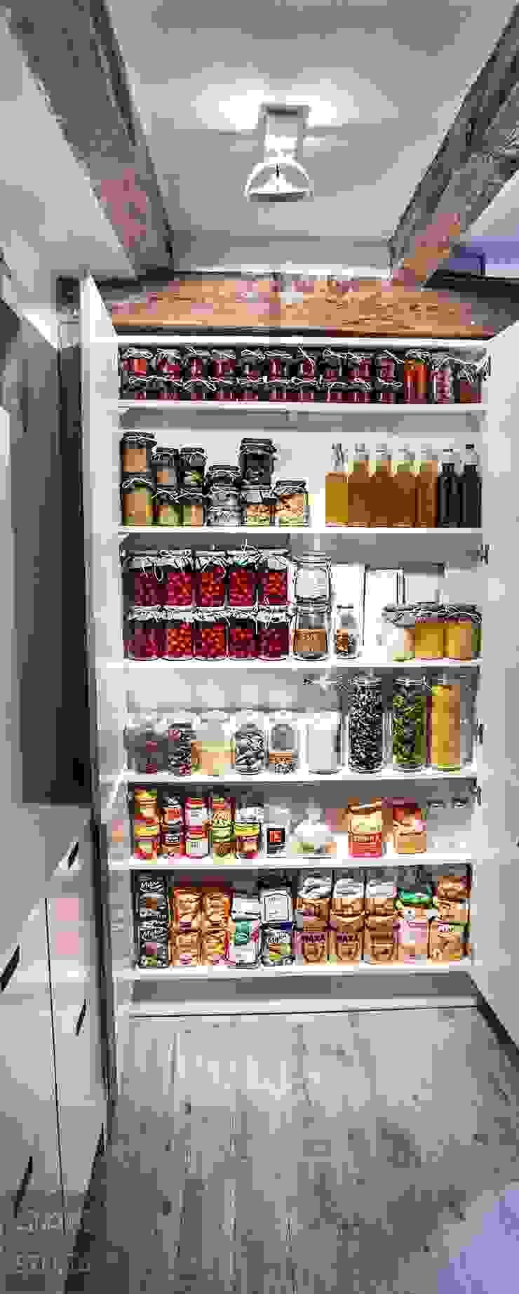 Cocinas de estilo escandinavo de Limonki Studio Wojciech Siudowski Escandinavo