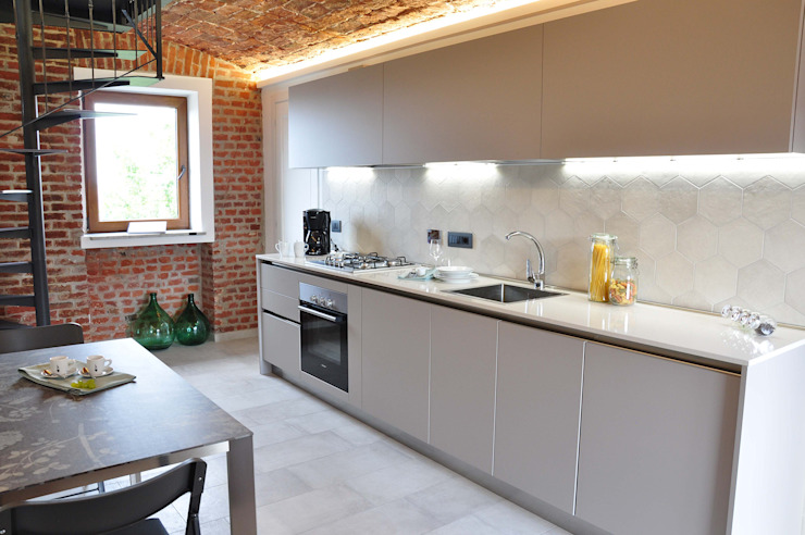 OPERA4architetti Modern style kitchen Bricks White
