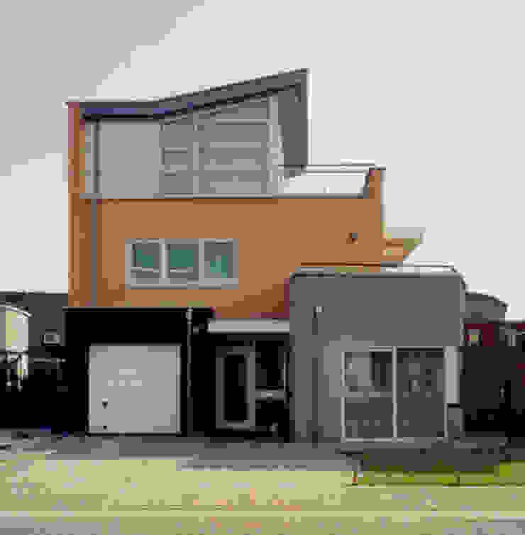 vrij staande villa's Moderne huizen van G.L.M. van Soest Architect Modern