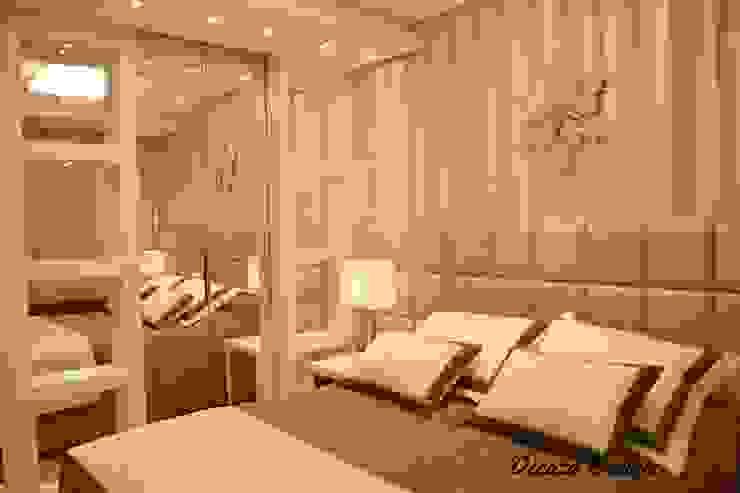 Quarto de Casal Contemporâneo Chambre moderne par DecaZa Design Moderne MDF