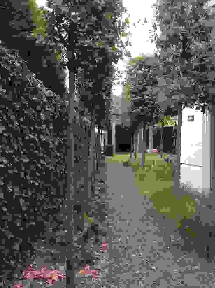 Aanpassing tuinontwerp t.b.v aanbouw Moderne tuinen van Studio Inside Out Modern Kwarts
