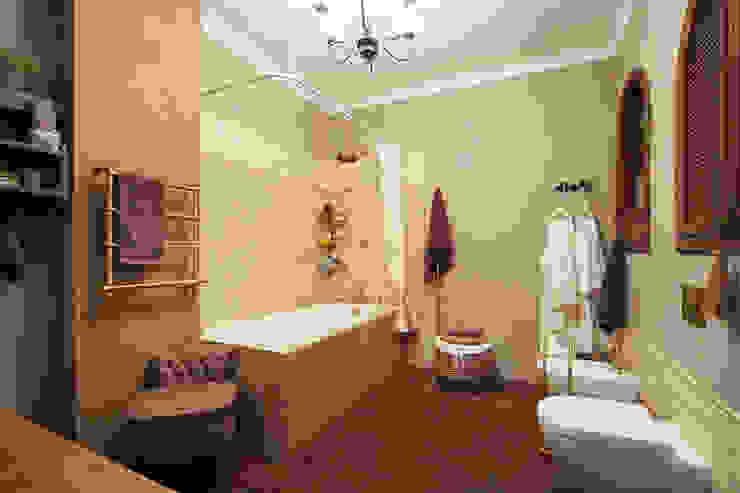 Baños de estilo rural de SK- Sokolova design & Kogut Stroy Rural