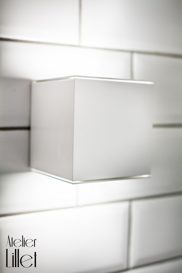 Modern Bathroom by ATELIER LILLET Karolina Lewandowska Modern