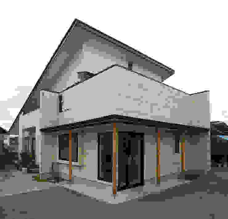 外観(事務所側エントランス) 日本家屋・アジアの家 の 吉田設計+アトリエアジュール 和風
