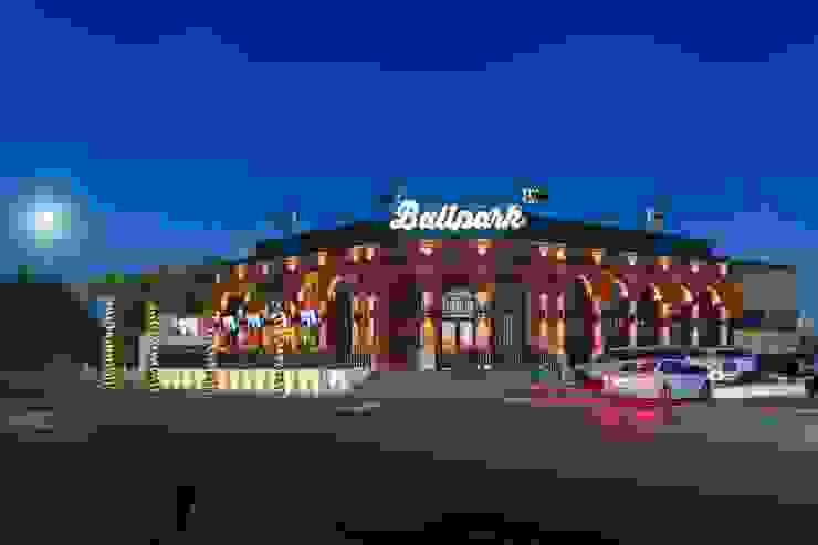 Restaurante BallPark Gastronomía de estilo industrial de AG arquitectos Industrial