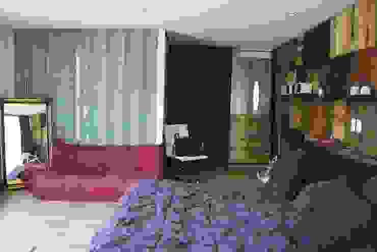 Dormitorios de estilo  por TARE arquitectos , Moderno