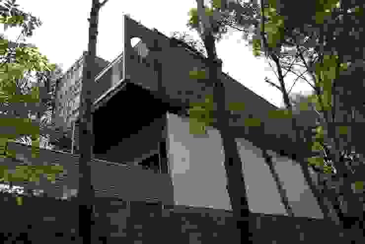 Casas de estilo  por TARE arquitectos , Moderno
