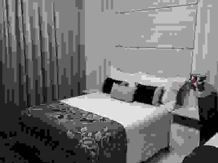 Dormitorios de estilo moderno de Amanda Matarazzo Interiores Moderno