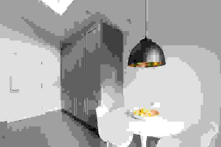 Disraeli Road, Putney Grand Design London Ltd Modern kitchen