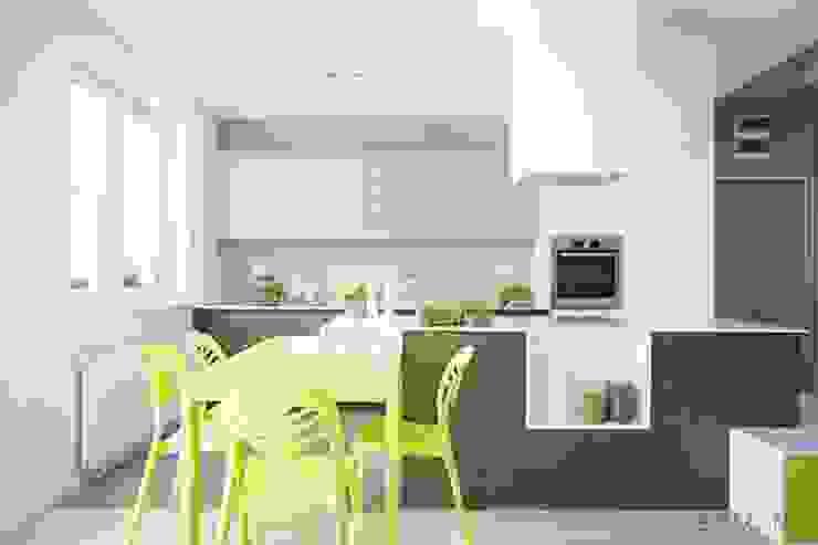 Modern kitchen by Ejsmont - pracowania architektoniczna Modern