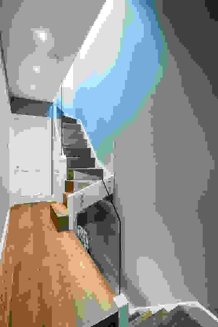 Oliphant Street, Queen's Park Grand Design London Ltd Couloir, entrée, escaliers modernes