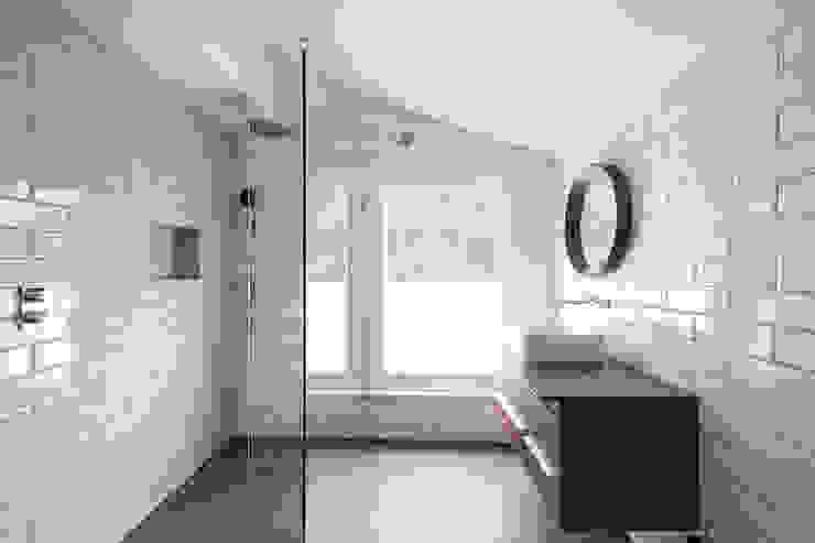 Oliphant Street, Queen's Park Grand Design London Ltd Salle de bain moderne
