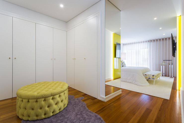 Kamar Tidur Modern Oleh Interdesign Interiores Modern