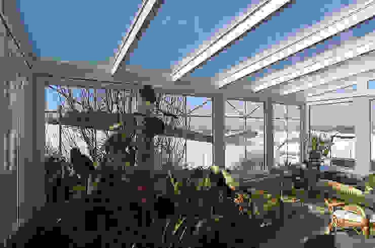 Jardines de invierno clásicos de Schmidinger Wintergärten, Fenster & Verglasungen Clásico Vidrio