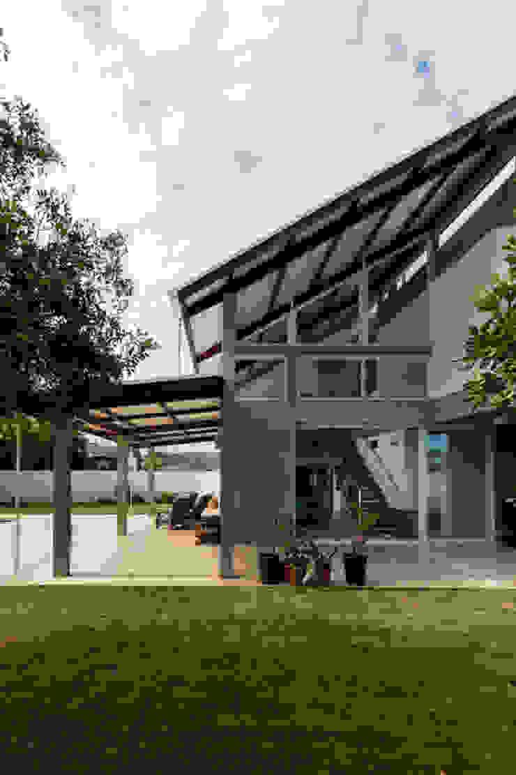Casa Rio das Contas 151 office Arquitetura LTDA Casas modernas