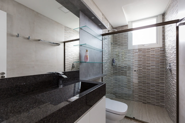 Modern bathroom by 151 office Arquitetura LTDA Modern