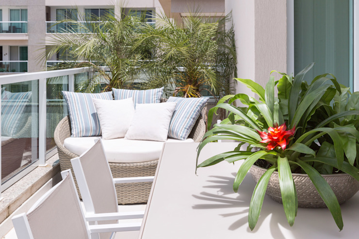 Modern style gardens by Carpaneda & Nasr Modern