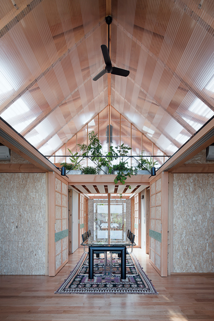 A.A.TH ああす設計室 Industrial style dining room OSB Transparent