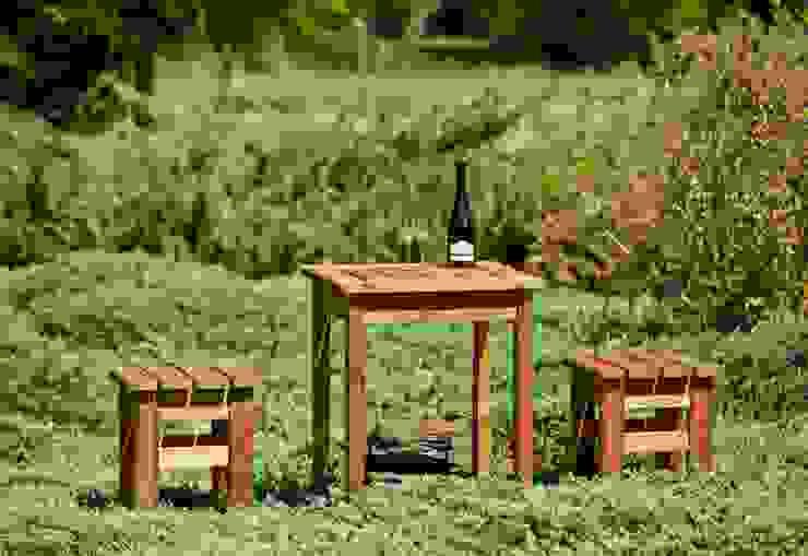 Set da giardino Tavolino + 2 sgabelli di ONLYWOOD Classico Legno massello Variopinto