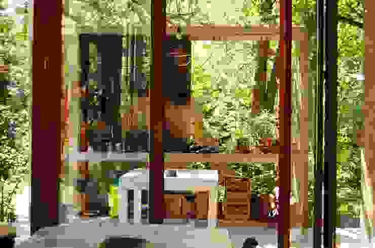 Expansión Cocina Comedor y Parrilla Comedores de estilo industrial de Guadalupe Larrain arquitecta Industrial Concreto