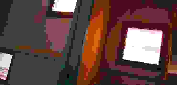 Baños de estilo industrial de Guadalupe Larrain arquitecta Industrial