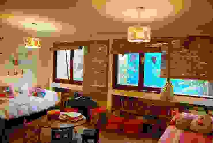 CASA VIVA: Dormitorios infantiles de estilo  por Guadalupe Larrain arquitecta,