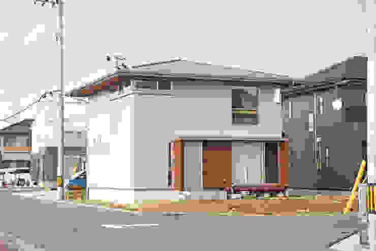 合同会社negla設計室 Scandinavian style houses Grey