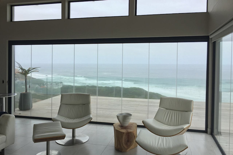 Brenton House living room 02 by Sergio Nunes Architects Scandinavian Glass