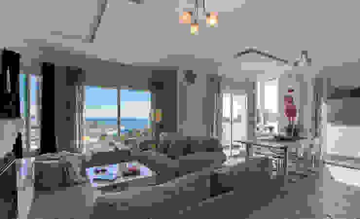 Salón comedor Salones mediterráneos de Home & Haus | Home Staging & Fotografía Mediterráneo