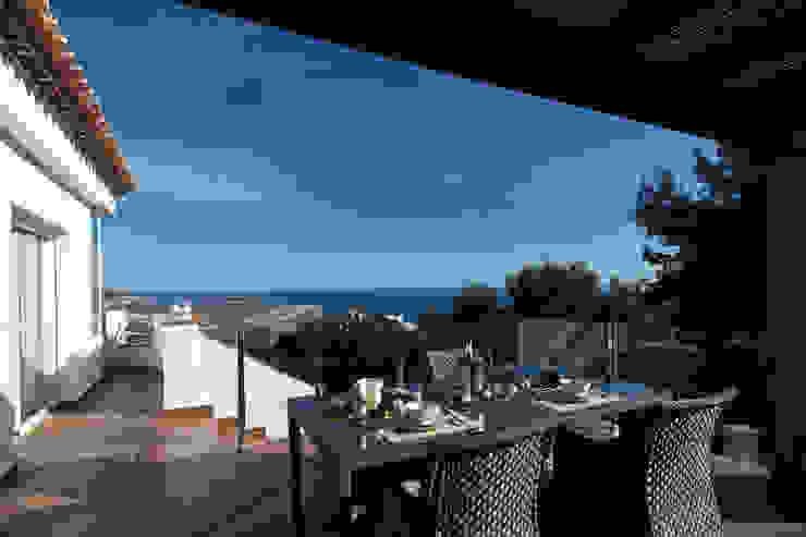 Teras oleh Home & Haus | Home Staging & Fotografía, Mediteran