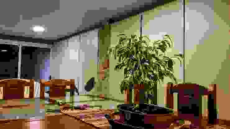 Interior Livings de estilo moderno de JIEarq Moderno Aluminio/Cinc
